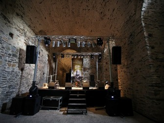 koncertná konštrukcia a pódium,Pro Sound & Lighting - Stage Sound & Lighting Rental